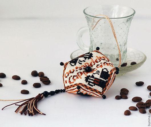 Подвески ручной работы. Ярмарка Мастеров - ручная работа. Купить Кофе капучино подвеска бискорню. Handmade. Кофе, брелок для телефона