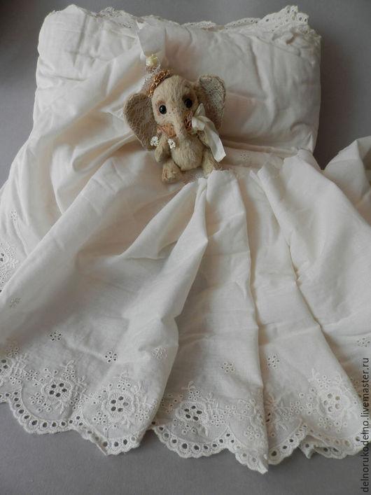 Куклы и игрушки ручной работы. Ярмарка Мастеров - ручная работа. Купить Батистовое шитьё  в стиле антик 26,5 см.. Handmade.