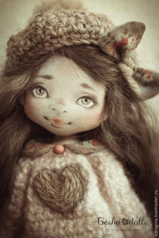 Коллекционные куклы ручной работы. Ярмарка Мастеров - ручная работа. Купить Бусинка. Handmade. Коралловый, лошадка, кожа натуральная