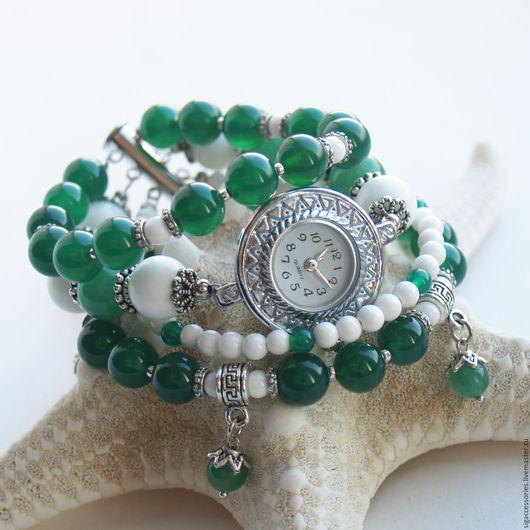 """Часы ручной работы. Ярмарка Мастеров - ручная работа. Купить """"Зеленая сказка"""" - часы-браслет (агат). Handmade. Тёмно-зелёный"""