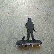 """Для дома и интерьера ручной работы. Ярмарка Мастеров - ручная работа Полка-ключница """"Вежливые люди"""". Handmade."""
