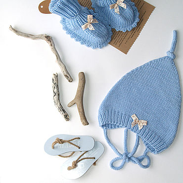 Works for children handmade. Livemaster - original item Baby kit 6-9 months, cap and booties, 100%Merino. Handmade.