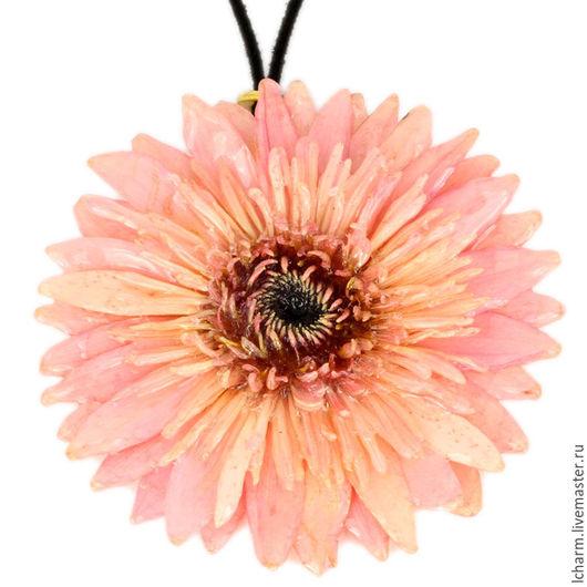 Кулоны, подвески ручной работы. Ярмарка Мастеров - ручная работа. Купить Кулон Весна в розовом. Handmade. Кремовый, подвеска из цветка