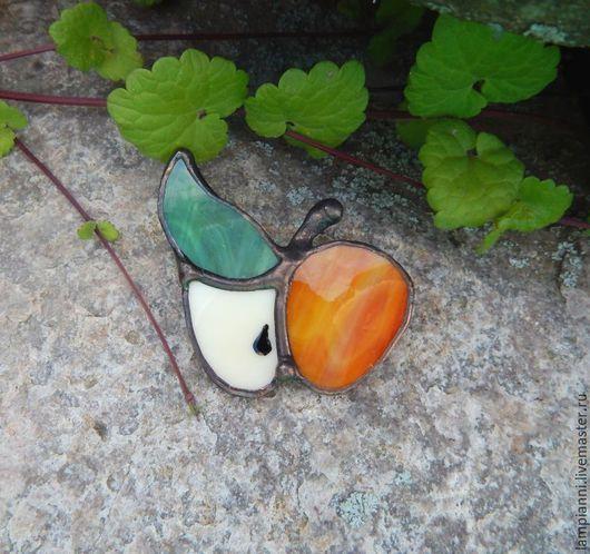 """Броши ручной работы. Ярмарка Мастеров - ручная работа. Купить Брошь """"Яблочко"""" оранж. Handmade. Брошь, зеленый, яблоко"""