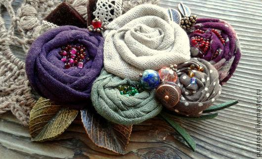 """Броши ручной работы. Ярмарка Мастеров - ручная работа. Купить Брошь """"Ягодный пунш"""". Handmade. Комбинированный, сочетание цветов, текстиль"""