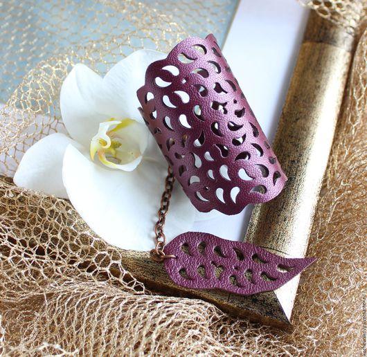 Браслеты ручной работы. Ярмарка Мастеров - ручная работа. Купить Кожаный браслет Фиолетовое кружево. Handmade. Фиолетовый