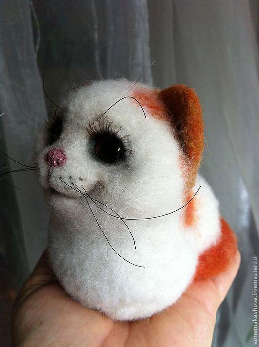 Игрушки животные, ручной работы. Ярмарка Мастеров - ручная работа. Купить кошка Милашка. Handmade. Кошка, валяный котик, акрил