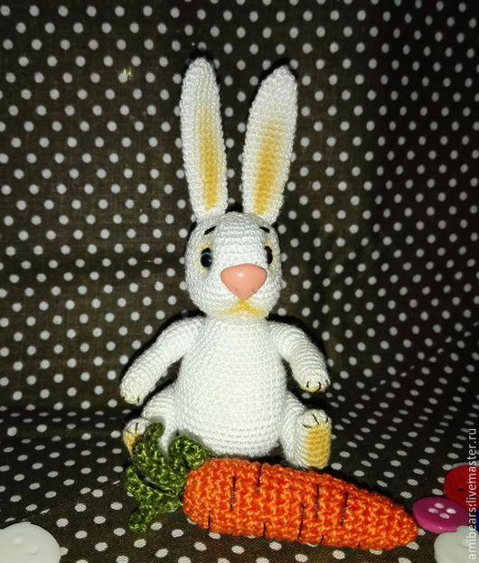 Игрушки животные, ручной работы. Ярмарка Мастеров - ручная работа. Купить Братец Кролик с морковкой (малый). Handmade. Белый, кролики