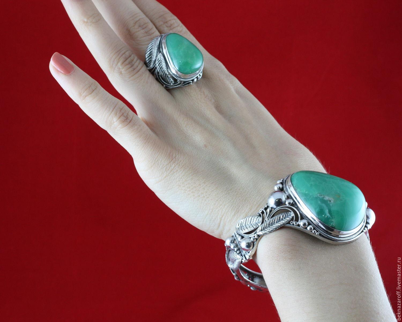 хризопраз, браслет с хризопразом, зеленый камень, драгоценный камень, браслет из серебра с хризопразом, крупный камень, крупный хризопраз