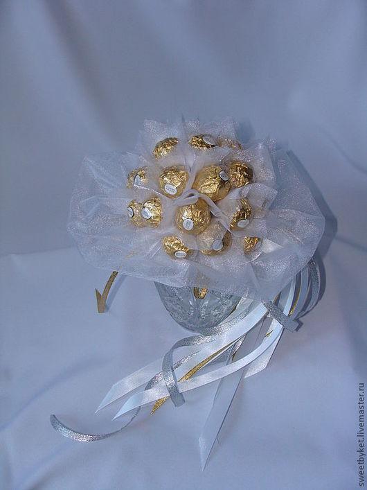 """Свадебные цветы ручной работы. Ярмарка Мастеров - ручная работа. Купить Букет из конфет """"Букет невесты"""". Handmade. Букет невесты"""