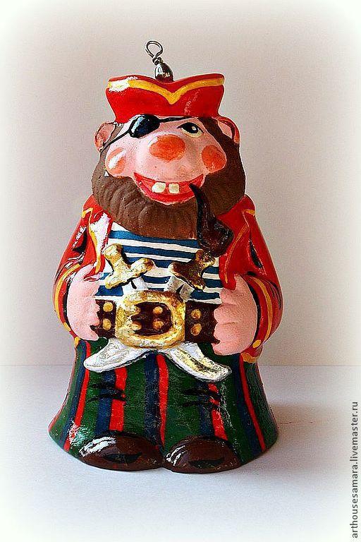 """Колокольчики ручной работы. Ярмарка Мастеров - ручная работа. Купить Керамический колокольчик """"Пират с саблями"""". Handmade. Ярко-красный, гуашь"""