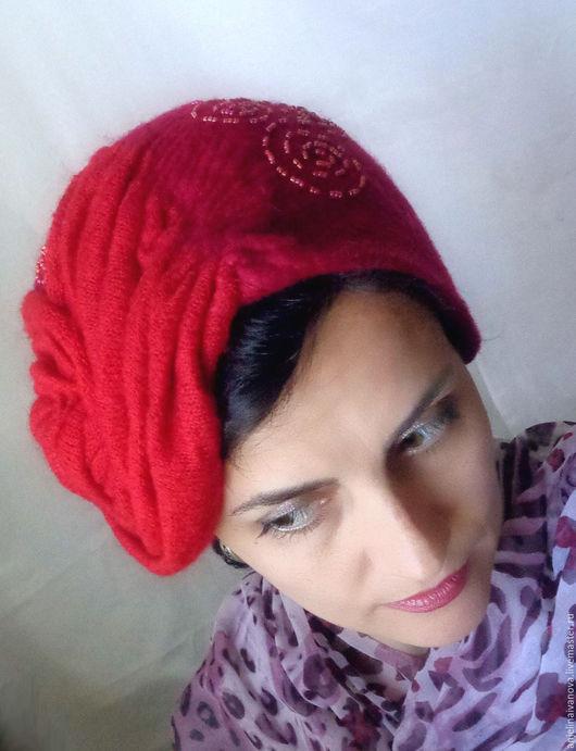 Шляпы ручной работы. Ярмарка Мастеров - ручная работа. Купить Шик. Шляпка войлок, трикотаж, бисер. Handmade. Красная шляпка