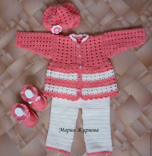 """Одежда для девочек, ручной работы. Ярмарка Мастеров - ручная работа. Купить Комплект """"Вишенка"""". Handmade. Коралловый, пинетки для девочки, розовый"""