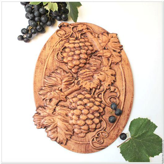 Натюрморт ручной работы. Ярмарка Мастеров - ручная работа. Купить Деревянное резное панно Лоза Кубани - Картина из резного дерева. Handmade.