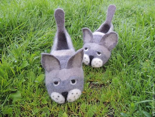 """Обувь ручной работы. Ярмарка Мастеров - ручная работа. Купить Валяные тапочки """" Коты"""". Handmade. Серый, красивые тапочки"""