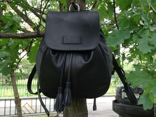 Рюкзаки ручной работы. Ярмарка Мастеров - ручная работа. Купить Рюкзак кожаный женский, темно-синий. Handmade. Однотонный, замша