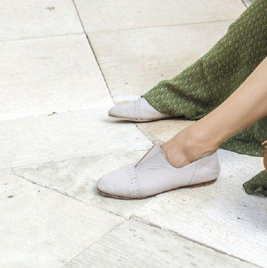 Обувь ручной работы. Ярмарка Мастеров - ручная работа. Купить Jewel. Туфли-балетки на маленьком каблуке.. Handmade. туфли женские
