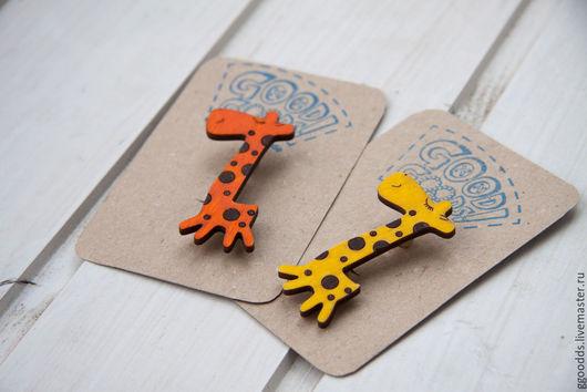 Броши ручной работы. Ярмарка Мастеров - ручная работа. Купить Брошь деревянная Жираф. Handmade. Оранжевый, подарок