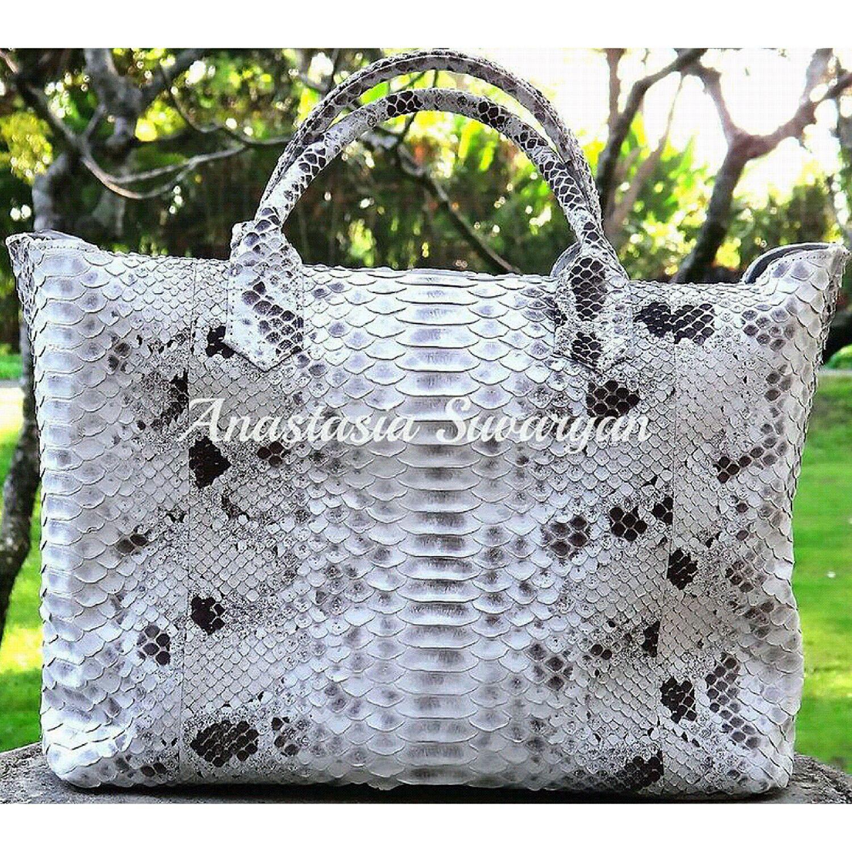women's bag of genuine Python leather, Classic Bag, Barnaul,  Фото №1