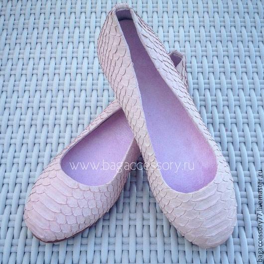 Обувь ручной работы. Ярмарка Мастеров - ручная работа. Купить Балетки из натуральной кожи питона. Handmade. Розовый, Балетки на заказ