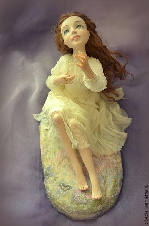 Коллекционные куклы ручной работы. Ярмарка Мастеров - ручная работа. Купить Вера. Handmade. Бежевый, взгляд, натуральный шёлк