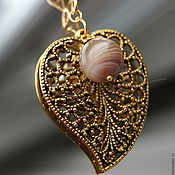 Украшения handmade. Livemaster - original item Pendant Gold leaf filigree agate on a leather cord. Handmade.