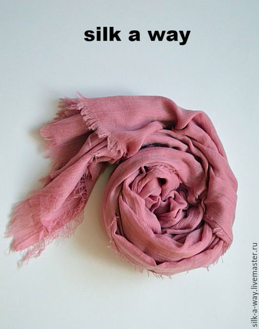 Шали, палантины ручной работы. Ярмарка Мастеров - ручная работа. Купить Палантин однотонный. Розовый шарф.. Handmade. Розовый