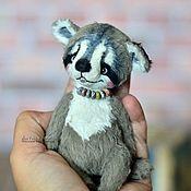 Куклы и игрушки ручной работы. Ярмарка Мастеров - ручная работа енот, коллекционная игрушка енот Енотик. Handmade.