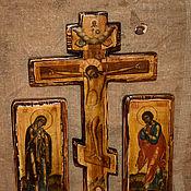 Крест-Распятие с предстоящими Богоматерью и Иоанном Богословом