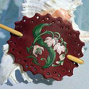 Украшения ручной работы. Ярмарка Мастеров - ручная работа Кожаная заколка с ландышами. Handmade.