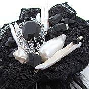 """Украшения ручной работы. Ярмарка Мастеров - ручная работа Брошь с перьями и жемчугом """"Черная жемчужина"""". Handmade."""