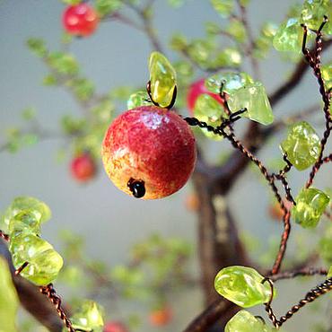 """Цветы и флористика ручной работы. Ярмарка Мастеров - ручная работа Дерево из хризолита """"Наливные яблочки"""" 2. Handmade."""