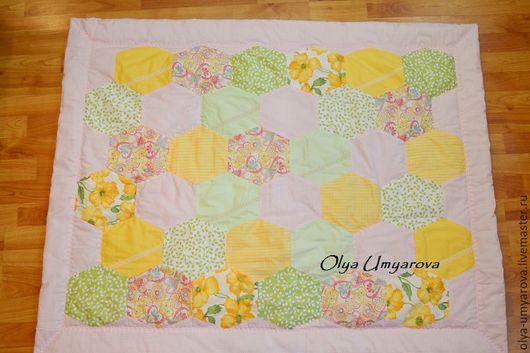 Детское лоскутное одеяло Розовое лето