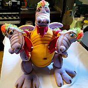 Куклы и игрушки ручной работы. Ярмарка Мастеров - ручная работа Змей Горыныч на руку. Перчаточная кукла для спектакля.. Handmade.