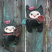 Куклы и игрушки ручной работы. Ярмарка Мастеров - ручная работа Кошки с птичками и цветами. Handmade.