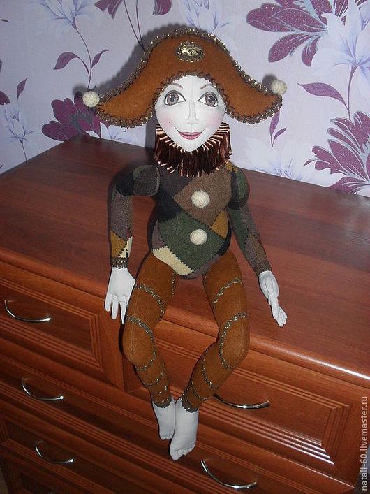 Коллекционные куклы ручной работы. Ярмарка Мастеров - ручная работа. Купить Веселый Арлекин. Handmade. Арлекин, интерьерная кукла