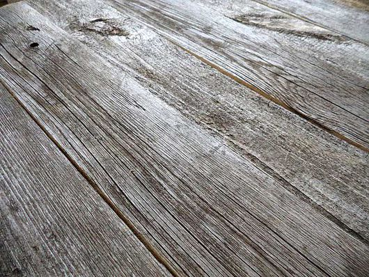 Двухсторонний, одна сторона естественно состаренная древесина, вторая - цвет на выбор: 50*50 = 1.700 рублей; 70*70 = 2.200 рублей.