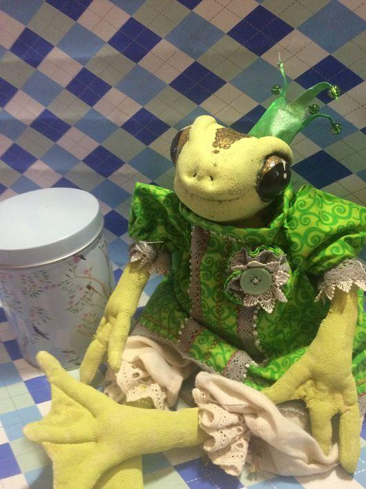 Игрушки животные, ручной работы. Ярмарка Мастеров - ручная работа. Купить Текстильная лягушка - КвАша - Глаша (Глафира Аркадьевна). Handmade.