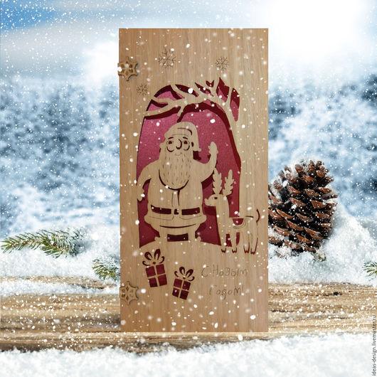 Деревянная эко-открытка `Дед мороз и олень`
