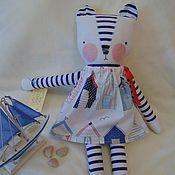 Куклы и игрушки ручной работы. Ярмарка Мастеров - ручная работа Кошечка в кроватку. Handmade.
