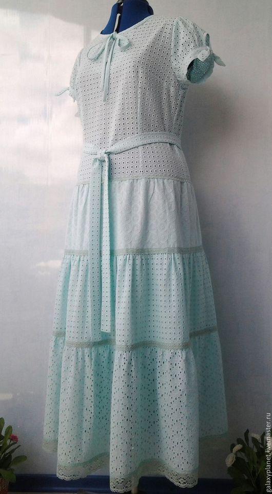 Платья ручной работы. Ярмарка Мастеров - ручная работа. Купить Платье мятное из батиста с заниженной талией и милыми рукавчиками. Handmade.