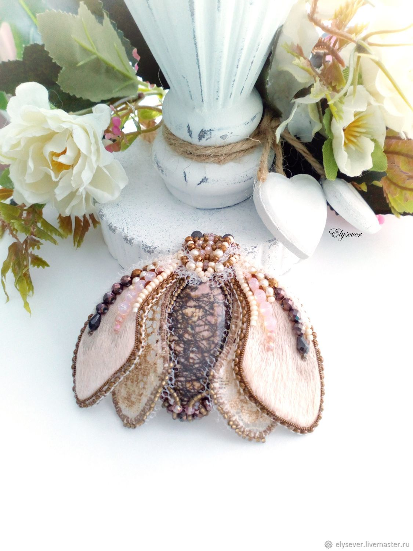 Brooch Moth beige-pink, 7,5 x 6,5 cm, Brooches, Murmansk,  Фото №1