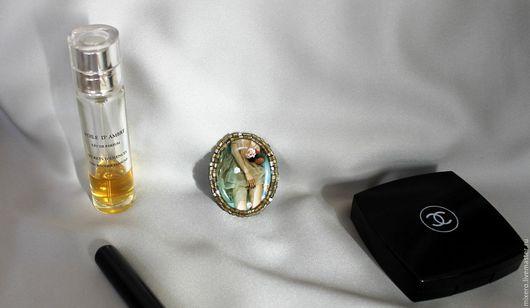 """Броши ручной работы. Ярмарка Мастеров - ручная работа. Купить Брошь камея """"Девушка в ванной"""". Handmade. Пин ап, золото"""