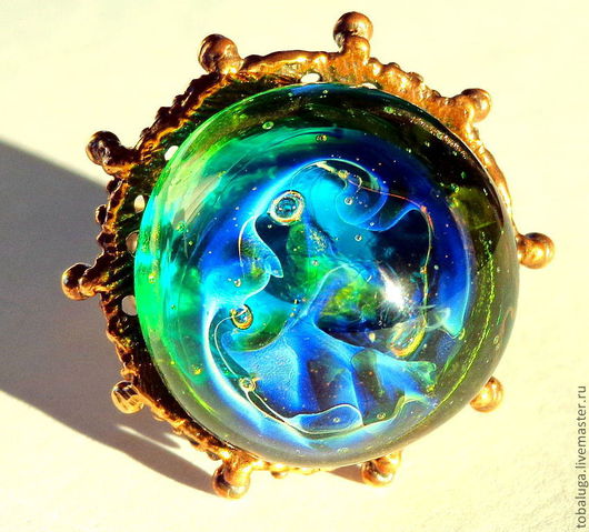 Кольца ручной работы. Ярмарка Мастеров - ручная работа. Купить Кольцо Изумрудно-зеленое с голубыми переливами. Handmade. изумрудно-зеленый