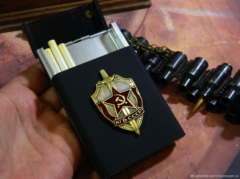 Cigarette case for 20 cigarettes with the image of symbols of the Soviet period, Cigarette cases, Saratov,  Фото №1