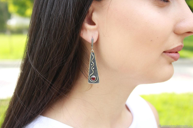 Etno Silver earrings with garnets made of 925 sterling silver RO0018, Earrings, Yerevan,  Фото №1