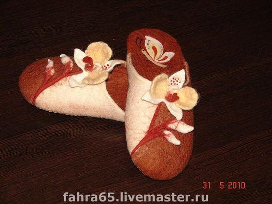 """Обувь ручной работы. Ярмарка Мастеров - ручная работа. Купить """"Орхидея"""". Handmade. Орхидея, тапочки из шерсти, замша"""