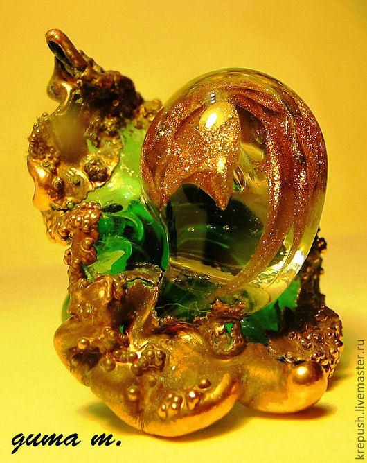 """Кольца ручной работы. Ярмарка Мастеров - ручная работа. Купить Кольцо ручной работы в технике lampwork """"Таинство"""". Handmade. Зеленый"""
