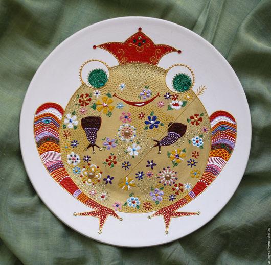 """Тарелки ручной работы. Ярмарка Мастеров - ручная работа. Купить Тарелка """"Царевна-лягушка"""". Handmade. Тарелка, жаба, точечная роспись"""