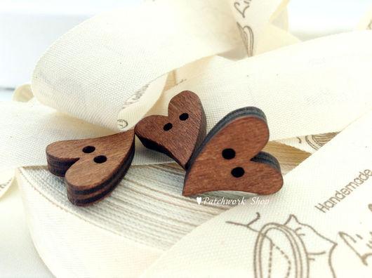 Куклы и игрушки ручной работы. Ярмарка Мастеров - ручная работа. Купить Комплект деревянных пуговиц СЕРДЦЕ винтаж, 10шт. Handmade.